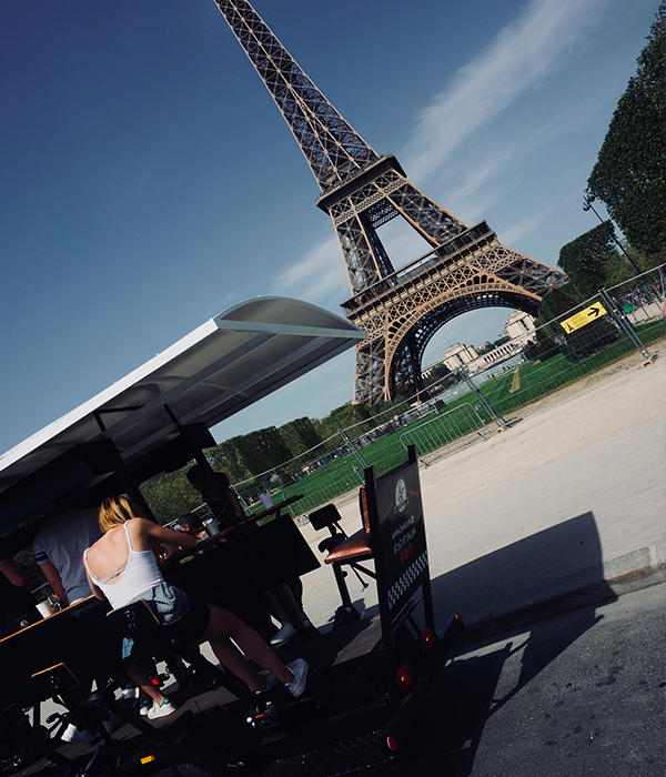 beer bike paris,EVG, EVJF, brunch, paris, vélo, tour eiffel, champs de mars,
